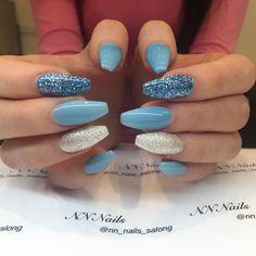 """97 gilla-markeringar, 1 kommentarer - NN Nails (@nn_nails_salong) på Instagram: """"Blue Nails  #nailsinstagram #nails #nailswag #bluenails #beautifulnails #nagelförlängningstockholm…"""""""
