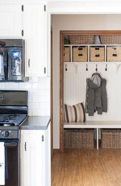 black-white-farmhouse-kitchen-makeover-26