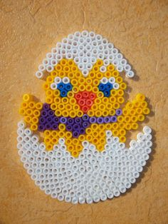 Easter egg hama perler beads by Nath Hour Diy Perler Beads, Perler Bead Art, Pearler Beads, Hama Beads Design, Hama Beads Patterns, Beading Patterns, Pixel Beads, Fuse Beads, Easter Egg Pattern