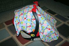 DIY Carseat Cover... Baby shower gifts!
