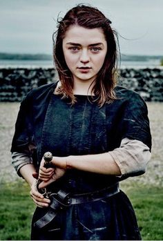 Game of Thrones Maisie Williams as Arya Stark Drawing Needle 8 x 10 inch photo Dessin Game Of Thrones, Game Of Thrones Arya, Game Of Thrones Funny, Game Of Thrones Facts, Maisie Williams, Warrior Queen, Warrior Girl, Game Of Thrones Wallpaper, Got Merchandise