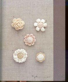 The prettiest crochet miniature blooms from a digital publishing site