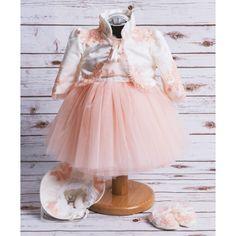 Compleu botez Charlotte, format din rochita, bolero, boneta sau bentita si botosei. Compleu botez inspirat din moda casei regale a Marii Britanii de pe vremuri.