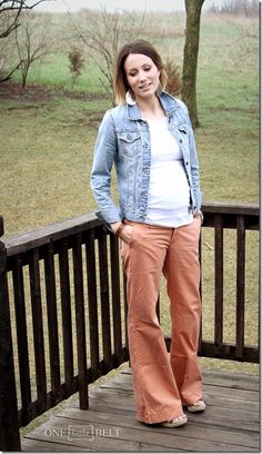 casual maternity style from ONE little MOMMA