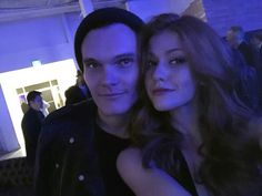 Im devilishly exited to at long last be able to say. Welcome brother dearest. Angels youre in for a hell of a ride. Aww welcome Luke! Shadowhunters Actors, Shadowhunters Season 3, Shadowhunters The Mortal Instruments, Clary And Jace, Clary Fray, Viria, Celebrity Couples, Celebrity Pictures, Isabelle Lightwood