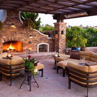 Get the Look: Spanish-Mediterranean Courtyard