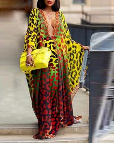 ivrose / Leopard Print Plunge Cover Up e conjuntos de calça Ombré Hair, Mini Vestidos, Print Shorts, Womens Fashion Online, Look Fashion, Fashion Shoes, Pattern Fashion, Sleeve Styles, Skirt Set