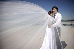Wedding photo in Jeju Island Gimnyeong beach