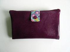 Portefeuille en cuir synthétique prune et tissu par dansmabrouette