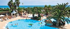 Club Farret Campsite - Large, lively and having direct access to a wonderful sandy beach where the warm Mediterranean sea laps the shores, makes Club Farret just perfect for a family holiday.