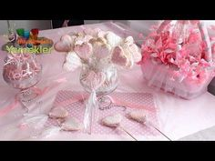 Şeker Glazürlü Kurabiye ( Royal Icing ) Tarifi / Hayalimdeki Yemekler Kurabiye Tarifleri videolu tarif – Las recetas más prácticas y fáciles Royal Icing, Food And Drink, Birthday, Cake, Party, Desserts, Youtube, Diy, Cookies