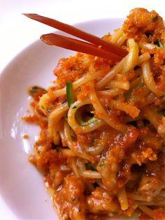 spaghettoni scampi e bottarga