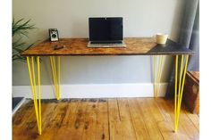 OSB industrial desk with yellow steel hairpin legs and chalk board zone – Home Office Design Vintage Industrial Chic Style, Industrial Desk, Industrial Living, Modern Industrial, Industrial Bedroom, Vintage Industrial, Osb Wood, Reclaimed Wood Desk, Large Computer Desk