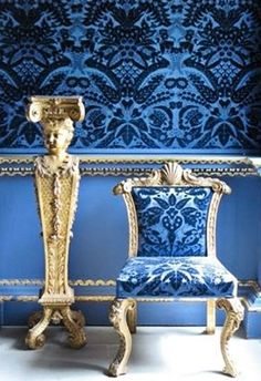 I'm a Blue Girl!and here's a beautiful Blue Velvet Room at Chiswick House, London.