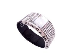 What to buy for a woman on her birthday or Anniversary? Very classical black patent leather Cango & Rinaldi bracelet is an excellent gift idea. Small white Swarovski crystals are spiced up with big Swarovski crystal. This will guarantee an elegant finishing. This beautiful bracelet is handmade in Italy and fits every woman no matter the age. Bracelet is timeless and therefore popular.