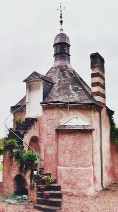 Pink stone house
