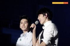 [PIC] 140301 #OGSReturns - Hoya and Dongwoo by Your Emo Blog Me ♥ pic.twitter.com/Q1wUGioaMf