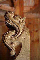 Dans la stavkirke de Fantoft (Franois Maillot) Tags: fantoft stavkirke norvge