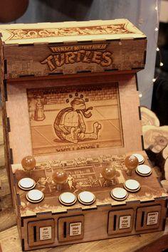 Wood carving of Ninja Turtles game. NY Comic Con 2016