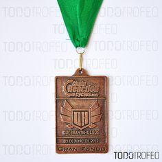 MEDALLA QUEBRANTAHUESOS 2012.   Diseñamos las medallas para su evento deportivo. Pide su presupuesto a través de: todotrofeo@todotrofeo.com    QUEBRANTAHUESOS MEDAL 2012.  We design your sport event medals. Request your budget in: todotrofeo@todotrofeo.com