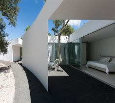 House in Alentejo Coast by Aires Mateus | Daily Icon