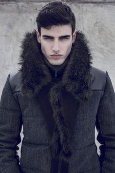 `Love Fur Collers