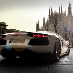 Lamborghini Aventador in Italy - perfection!
