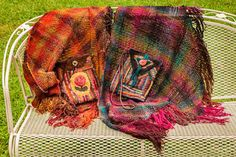 dulcysdoorstep New hooked bags and shawls woven on my triloom. Rug Hooking, Old And New, My Design, Weaving, Wool Rugs, Blanket, Shawls, Pouches, Envy
