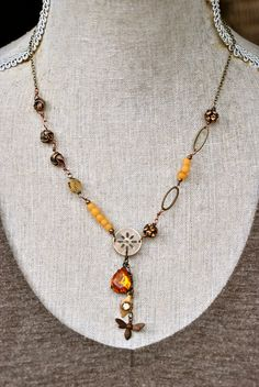 Pollen. glass beaded rhinestone bee topaz lariat by tiedupmemories, $52.00