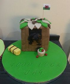 Jays leaving cake. Pony in a stable.