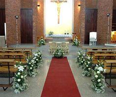 Simple church wedding decorations living on a budget simple church wedding decoration with floral art theme 2 junglespirit Images