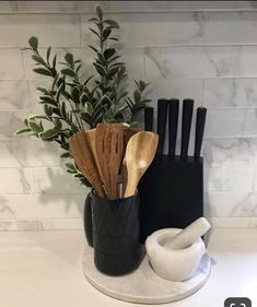 More About New Kitchen Countertops Kitchen Decor Sets, Kitchen Styling, Decorating Kitchen Counters, Kitchen Themes, First Apartment Decorating, Interior Decorating, Decorating Ideas, Interior Design, Lobby Interior