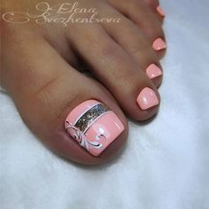 Most up-to-date Photo Toe Nail Art christmas Concepts Commonly if the world thinks of ft ., we presume there're dirty and indeed not really the most won Beach Toe Nails, Glitter Toe Nails, Gel Toe Nails, Acrylic Toe Nails, Simple Toe Nails, Summer Toe Nails, Feet Nails, Toe Nail Art, Nail Gel