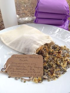 A postpartum herbal bath is a relaxing way to heal, soothe and restore oneself after the challenges of childbirth. Here's the recipe! Diy Postpartum, Postpartum Recovery, Pregnancy Nutrition, Pregnancy Care, Post Pregnancy, Water Birth, Bath Recipes, Sugar Scrub Recipe, Preparing For Baby