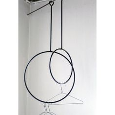 Great idea for hanging all those leashes you tend to collect! Wearing black steel ring on Cachette