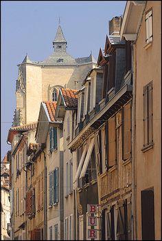 Villefranche-de-Rouergue - Aveyron dept. -  Midi-Pyrénées region, France      ..by Sigfrid Lopez
