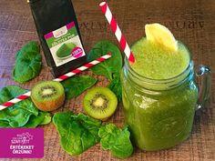Reggeli vegán-paleo nyers zöldturmix (tejmentes, gluténmentes, hozzáadott cukormentes)