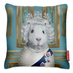 HRH Cushion 43x43, 37€, now featured on Fab.