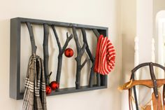 DIY Shelves and Do It Yourself Shelving Ideas - DIY Branch Shelf - Easy Step by Step Shelf Projects for Bedroom, Bathroom, Closet, Wall, Kitchen and Apartment. Floating Units, Rustic Pallet Looks and Simple Storage Plans #diy #diydecor #homeimprovement #shelves Diy Wand, Retro Furniture, Diy Furniture, Furniture Projects, Branch Decor, Wall Decor, Diy Décoration, Easy Diy, Simple Diy