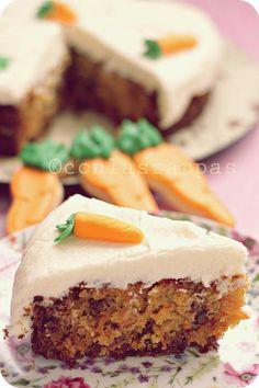 carrotcake2_conlaszarpasenlamasa
