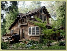 Most amazingly perfect cabin in the woods ever in existance. I have pinned rhis once but it diserves a repin...