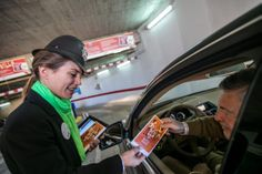 En esta acción de marketing directo informamos en qué consistía la promoción 'Practica Parking', además de los distintos beneficios para los usuarios.