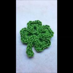 Crochet Shamrock pattern / Four leaf Clover St. Patricks Day | Etsy Free Crochet Snowflake Patterns, Crochet Snowflakes, Crochet Flower Patterns, Crochet Patterns For Beginners, Crochet Tutorials, Crochet Puff Flower, Crochet Leaves, Crochet Flowers, Four Leaf Clover