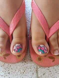 58 Ideas Nails Verano 2018 For 2019 Pretty Toe Nails, Cute Toe Nails, Pretty Toes, Fancy Nails, Trendy Nails, French Pedicure Designs, Toe Nail Designs, Pedicure Nail Art, Toe Nail Art