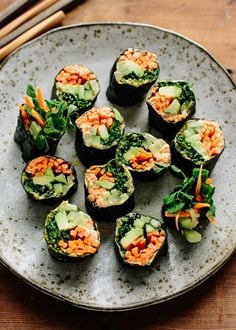 Recipe: Veggie Nori Rolls — Lunch Recipes from The Kitchn - raw, vegan Raw Food Recipes, Lunch Recipes, Vegetarian Recipes, Cooking Recipes, Healthy Recipes, Vegetarian Sandwiches, Oven Cooking, Summer Recipes, Easy Recipes