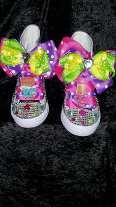 This listing is for a hightop NON-CONVERSE canvass vinyl shopkins inspired shoe. Let your child's imagination run wild with this colorful fun shoe. PLEASE ALLOW 10-12 BUSINESS DAYS FOR PROCESSING. To
