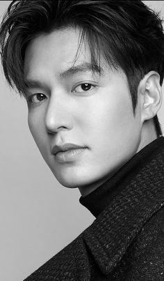 Asian Actors, Korean Actors, Lee Min Ho Wallpaper Iphone, Lee Min Ho Smile, Lee Min Ho Dramas, F4 Boys Over Flowers, Lee Minh Ho, Lee Min Ho Photos, Lee Jong Suk