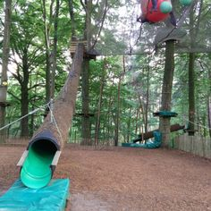 Klimpark Belgische Ardennen met kinderen Staycation, Travel With Kids, Belgium, Places To Go, Trips, Things To Do, Road Trip, Playgrounds, Vacation