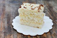 Prajitura Lamaita reteta de prajitura cu crema de lamaie Vanilla Cake, Desserts, Dessert Recipes, Cooking, Foods, Pies, Kuchen, Tailgate Desserts, Kitchen
