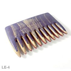 Coloured beard comb